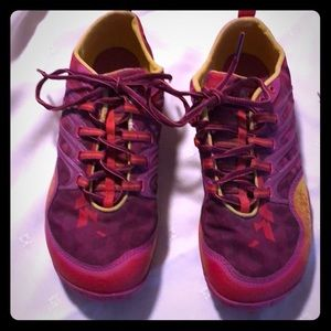 Merrell running shoes Barberry